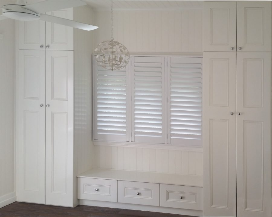 since 1985 the wardrobe design centre has established a reputation for superior custom built wardrobes custom designed storage solutions to suit your - Built In Wardrobe